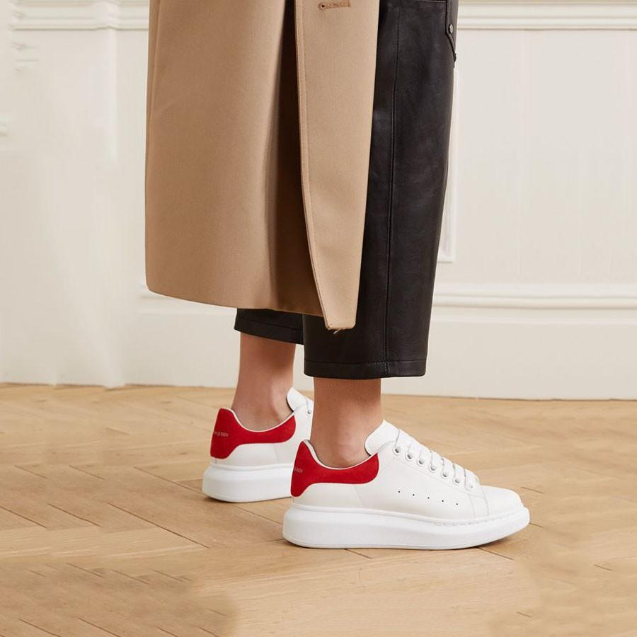 Mua Giày Sneaker Alexander McQueen Red Suede Oversized Trắng Đỏ, Giá tốt 6