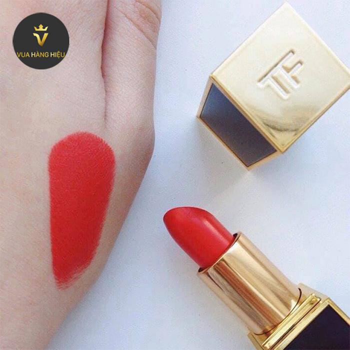 Thanh phan Son Tom Ford Lip Color Matte Lipstick 06 Flame